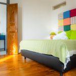 cama e WC apartamento estibordo